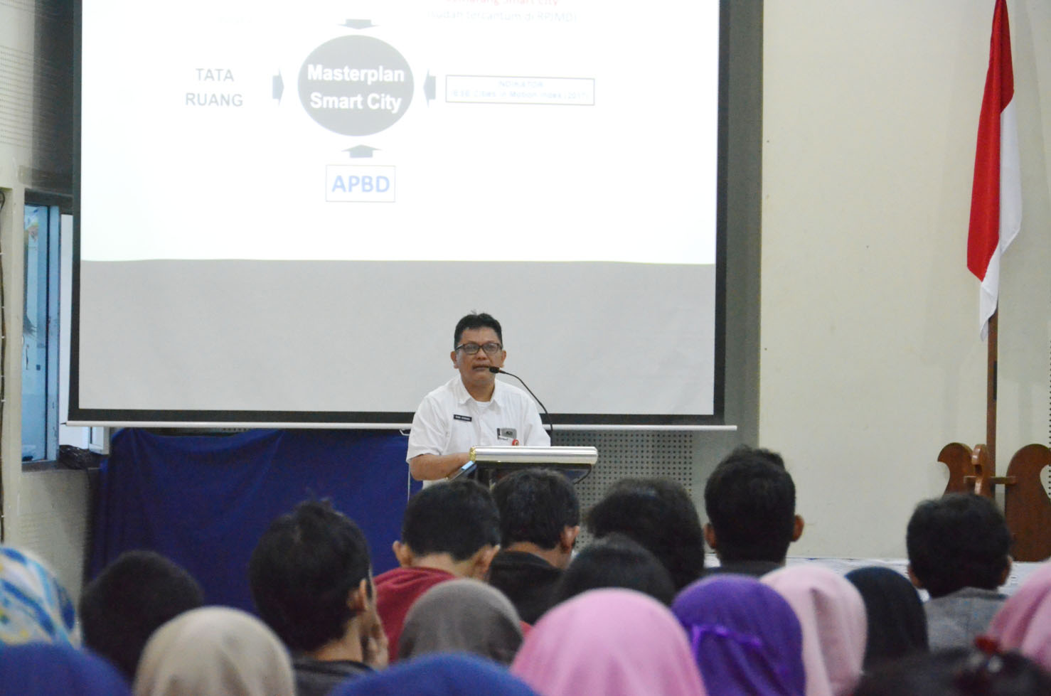 SEMARANG SMART CITY DISOSIALISASIKAN DI KAMPUS IT UDINUS