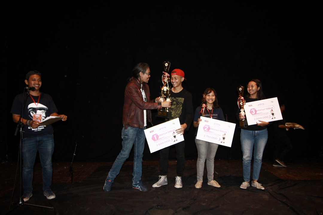 UDINUS KAPLINK THEATER WINS 1st CHAMPION IN INDONESIA UNIVERSITY MONOLOGUE FESTIVAL