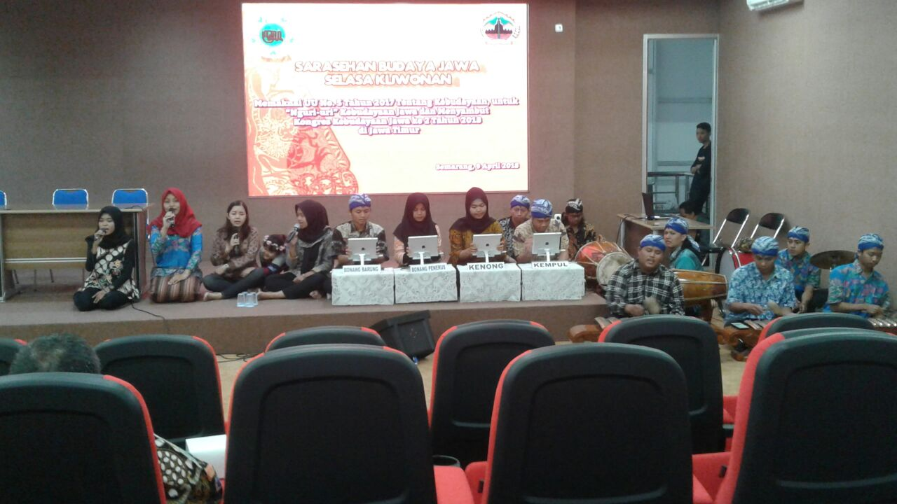 UDINUS' E-GAMELAN AT THE MEETING OF JAVANESE CULTURE