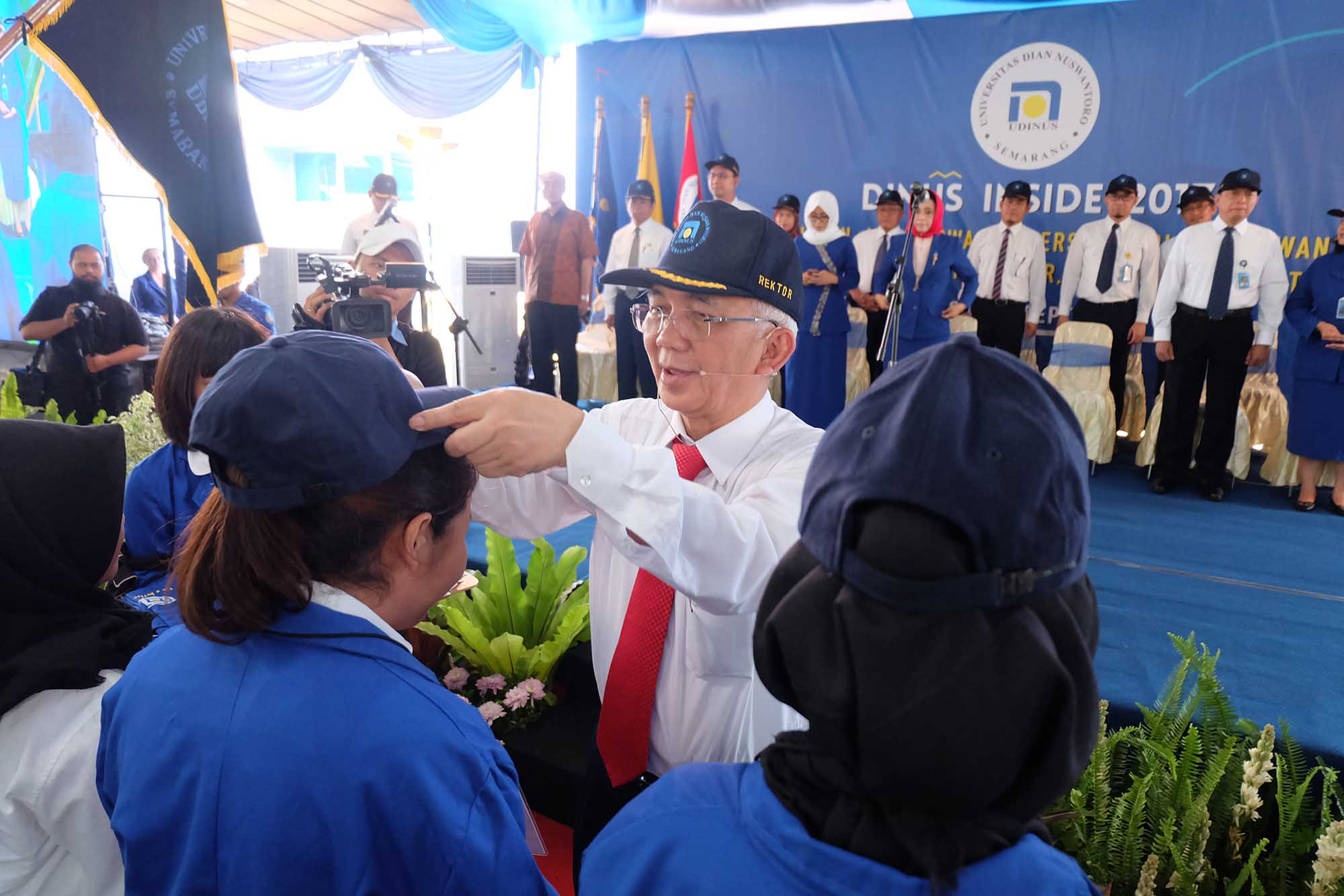 THE MAYOR OF SEMARANG CITY WELCOME 3,573 NEW STUDENTS OF UDINUS