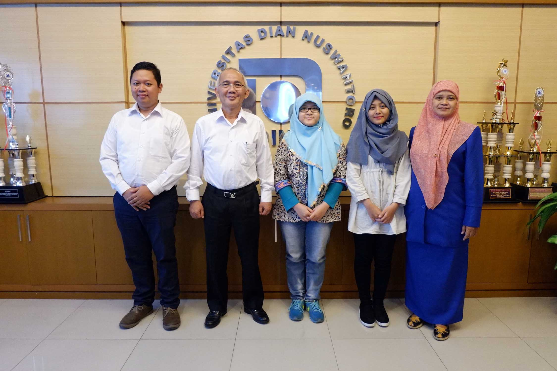 2 UDINUS' Student Fly to Japan to Study
