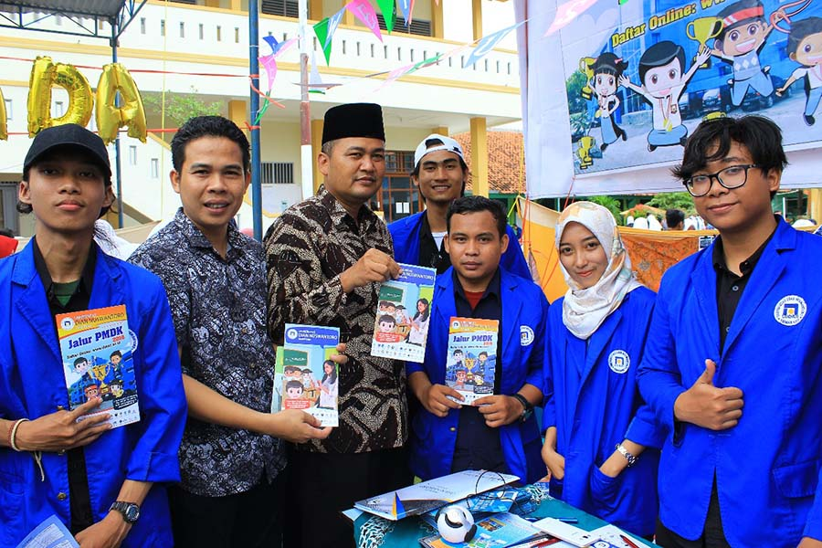 UDINUS STRENGTHEN THE PROMOTION IN CENTRAL JAVA